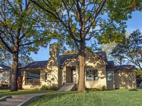 best time to put house on market experts pinpoint the best time to put a house on the market in dallas culturemap dallas