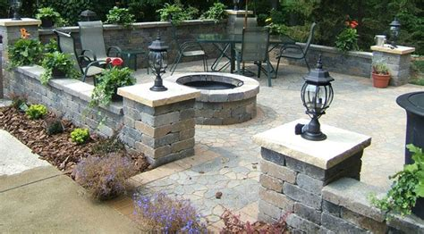 Patio Hardscape Ideas by Walled In Patio Http Jillminerva Landscape