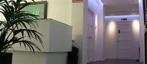 poltrone e sofa reclami lario reti holding modulistica e reclami con impianto