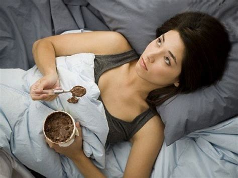 anxiety before bed 3 ways to stop eating away your emotions well good