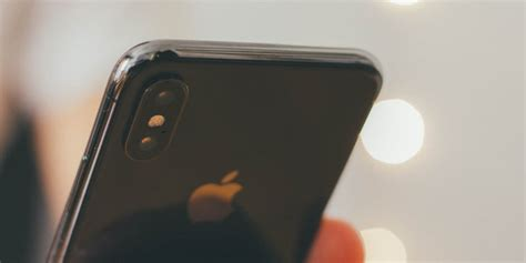 how to take a screenshot on iphone xr x xs and xs max popsugar tech