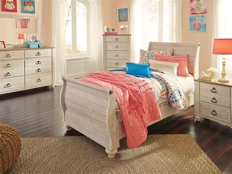 youth bedroom set willowton whitewash youth sleigh bedroom set from ashley