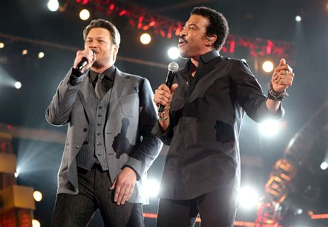 lionel richie e blake shelton blake shelton and lionel richie photo inside the 47th