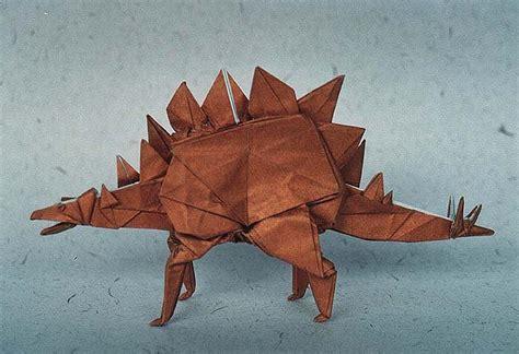 Origami Stegosaurus - stegosaurus