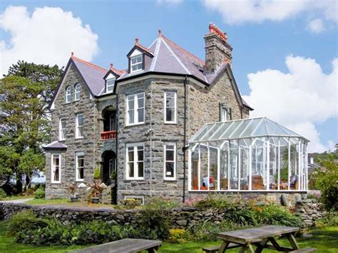 Welcome Cottages Wales by Pensarn Dogs Welcome Cottage Llanbedr Gwynedd