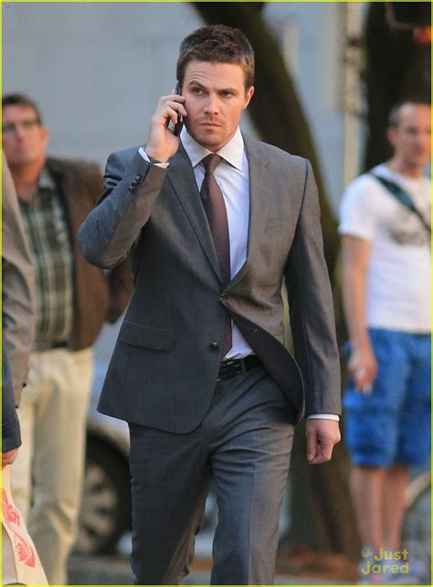 stephen sharer fan mail address stephen amell suits up for arrow photo 585198 photo