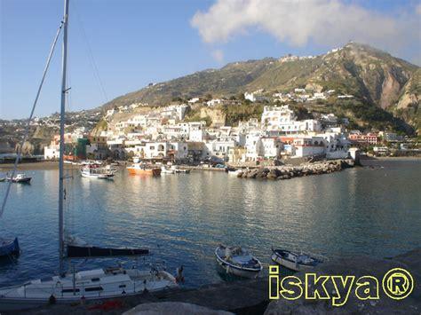 porto sant angelo isola d ischia porto turistico di sant angelo serrara
