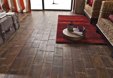 pavimento in laminato pro e contro beautiful rovere