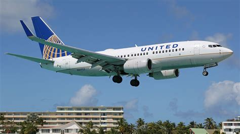 united tries to buy back customers with cheap flights to europe