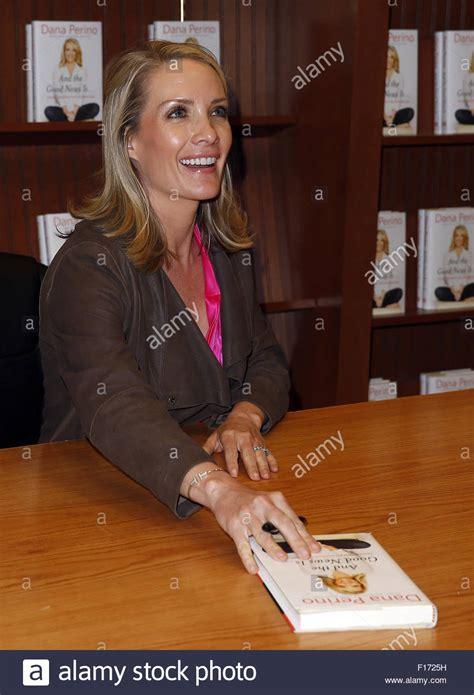 white house press secretary former white house press secretary dana perino signs copies of her stock photo
