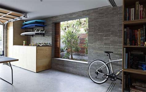 narrow intimate sydney residence enhanced  greenery