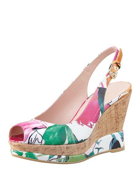Floral Sandals stuart weitzman womens jean floral print patent wedge