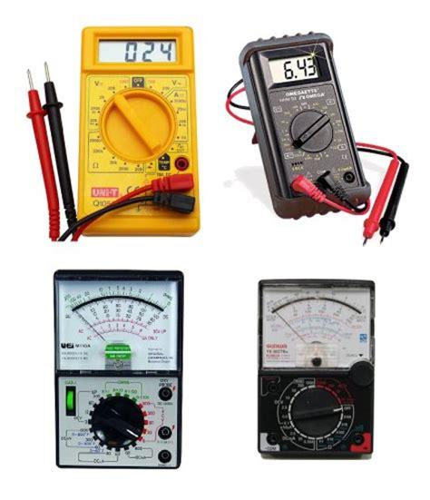 Multimeter Digital Dan Analog perbedaan antara multimeter digital dan multimeter analog