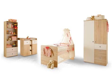 großer weißer kleiderschrank babyzimmer dekor wei 223