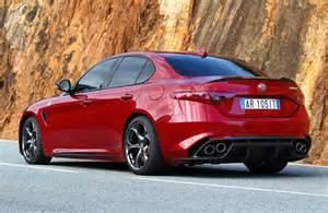 Alfa Romeo Se Alfa Romeo Giulia Till Sverige Fr 229 N 305 000 Kronor