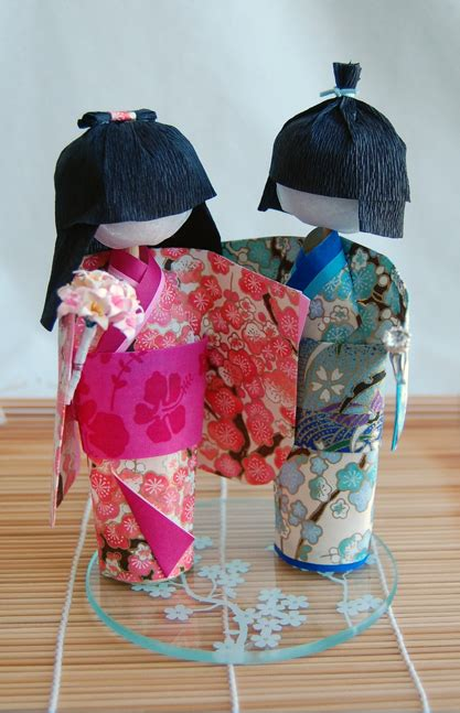How To Make Japanese Paper Dolls - washi ningyo doll wendy s origami