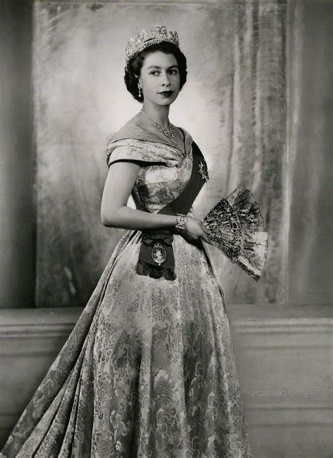 home of queen elizabeth 17 best images about queen elizabeth ii white on pinterest