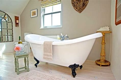 Luxury Cottages In Cornwall With Tub by Luxury Friendly Cottages Friendly Accommodation