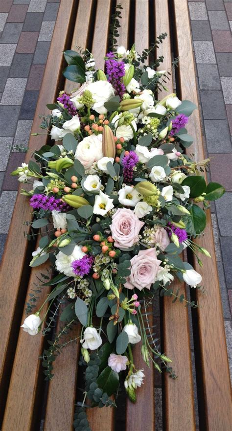 Best Flowers For Funeral by Best 25 Funeral Flowers Ideas On Funeral