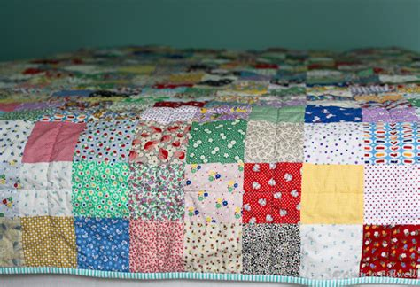 How To Make A Patchwork Quilt With A Sewing Machine - blue is bleu patchwork quilt