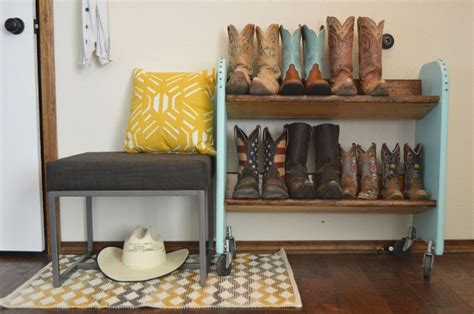 Boot Rack Diy by Your Creations From To Reality 130