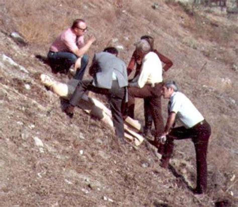 hillside strangler scene photos broom hillside strangler broom www pixshark com images