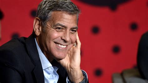 catch 22 series 1 george clooney s catch 22 series will on hulu