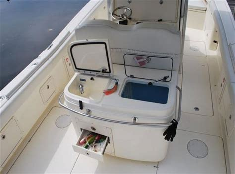 boat livewell cleaner world cat 320cc king of the bluewater jungle boats