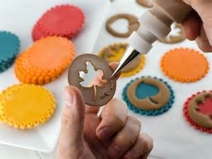 Fall Cake Decorating Ideas - easy fall leaf cupcake toppers semi sweet designs