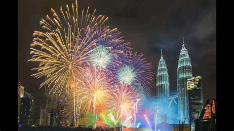 malaysia petronas twin tower klcc fireworks happy  year