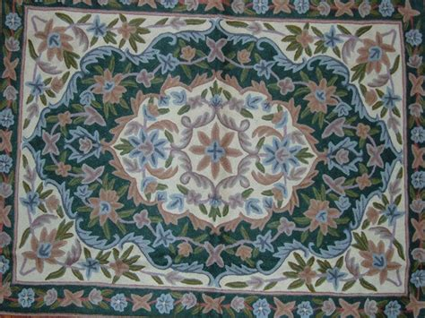 crewel rug crewel rug medallion floral arrangement chain stitched wool rug 2x3ft traditional rugs