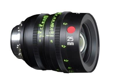 summicron cinema lenses are on track for a 2013 release: