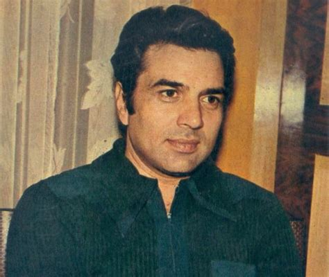 biography in hindi dharmendra dharmendra doesn t want his biopic and we know the reason