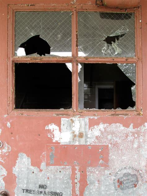 Broken Door Free Stock Photo Image Picture Broken Broken Glass Door