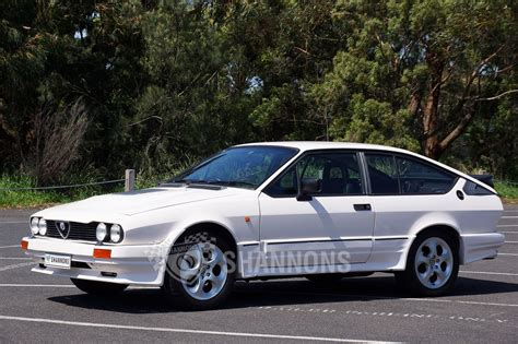 Alfa Romeo Gtv6 by Sold Alfa Romeo Gtv6 Coupe Auctions Lot 7 Shannons
