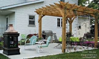 How To Build Your Own Pergola by Build Your Own Pergola For An Outdoor Retreat