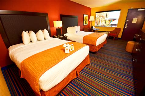 Coco Hotel Rooms by Affordable Orlando Lodging At Coco Key Water Resort