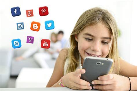 Anak Sosial Media dak dan manfaat media sosial bagi anak sukawu