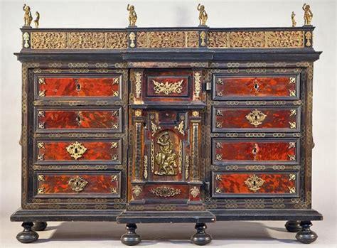 arredamento d antiquariato ebay monetiere spagnolo 700 sec xviii mobili antichi