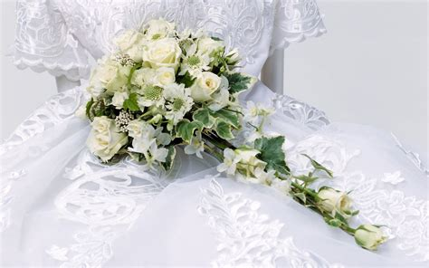 Picture Wedding Flowers by Beautiful Flower Wallpapers For You Flowers Bouquet Wallpaper