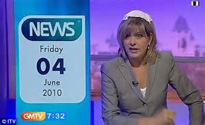 Fly Sofa Penny Smith Takes Her Final Turn On Gmtv After 17 Years