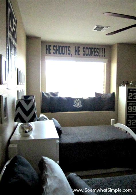 hockey bedroom he shoots he scores boys hockey bedroom somewhat simple