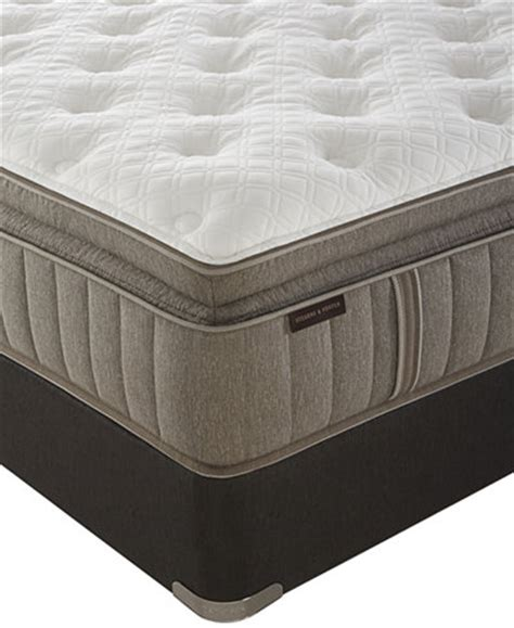 G S Stearns Luxury Firm Mattress by Stearns Foster Signature Garrick Luxury Cushion Firm