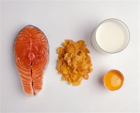 quali alimenti contengono vitamina d alimenti contengono vitamina d da assumere per la