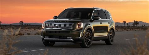when will the 2020 kia telluride be available how much space is available inside the 2020 kia telluride