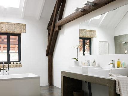 dachschräge ausbauen design dachgeschoss badezimmer