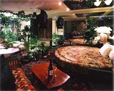 theme hotel burnsville mn honeymoon on pinterest honeymoon destinations hotels