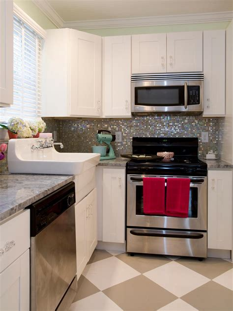 kitchens with backsplash pictures of kitchen backsplash ideas from hgtv hgtv