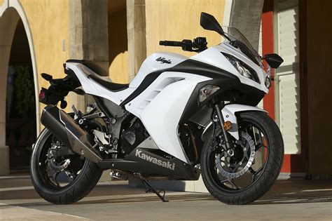 the 250cc suzuki will compete with the kawasaki ninja 300 and yamaha is kawasaki developing a 250cc 4 cylinder engine to