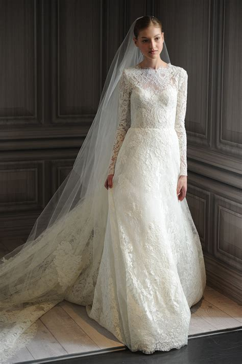 wedding dress trends lace sleeves